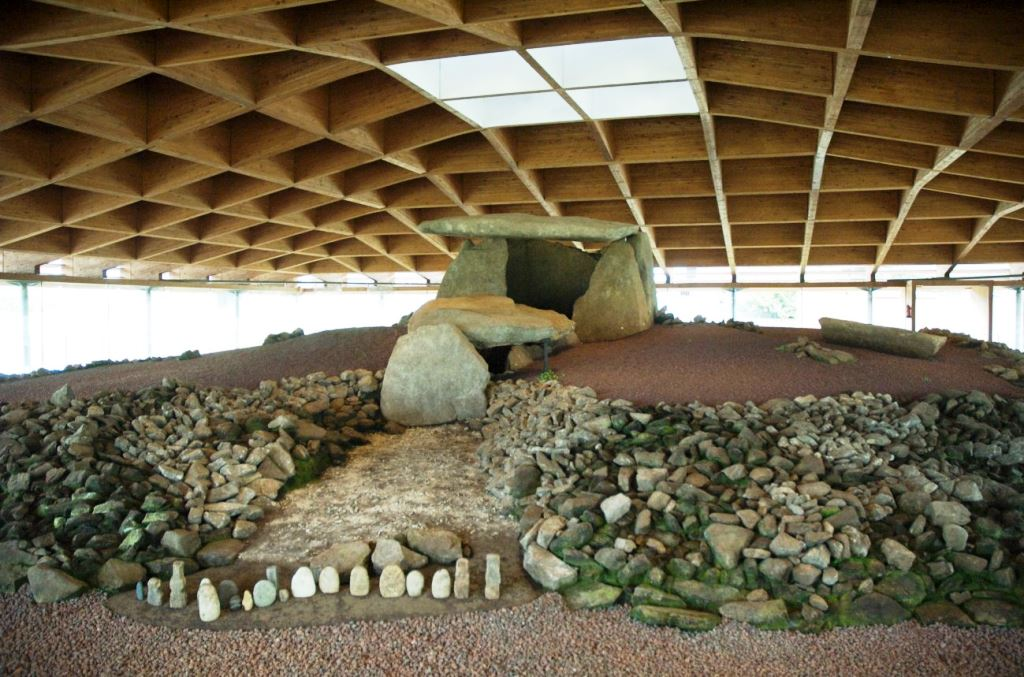 6-dolmen